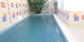 A louer rez de chaussée de villa avec piscine