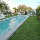 A louer Étage de villa avec jardin et piscine