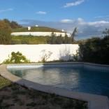 A louer villa haut standing toute neuve avec piscine