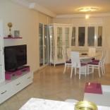 A louer étage de villa richement meublé à La Marsa