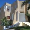 A louer villa sur deux niveaux avec jardin