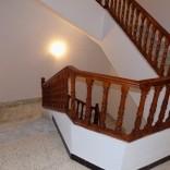 Etage de villa S+4 avec entrée indépendante