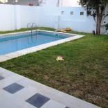 A louer une belle maison avec piscine