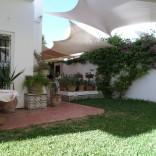 A vendre villa haut standing avec jardin