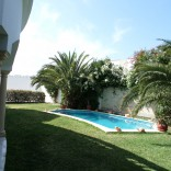 A louer villa meublée avec piscine