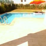 A louer villa haut standing avec piscine semi-meublée