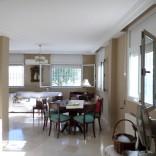 A louer villa haut standing sur 3 niveaux