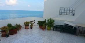 A louer étage de villa meublé vue sur mer