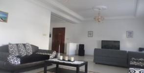 A louer étage de villa richement meublé S+3