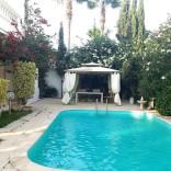 A vendre villa avec jardin et piscine
