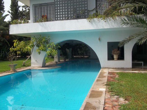 A louer une belle villa haut standing avec piscine - Location villa hammamet avec piscine ...