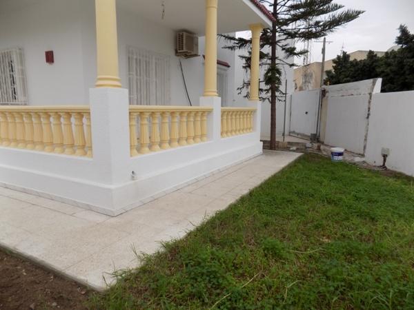 A louer Rez de chaussé avec jardin  Housing Immo Tunisie ...