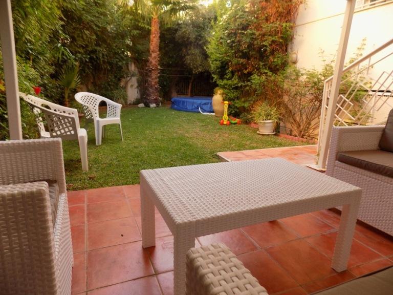 a vendre appartement au rez de chauss e avec jardin housing immo tunisie agence immobili re. Black Bedroom Furniture Sets. Home Design Ideas